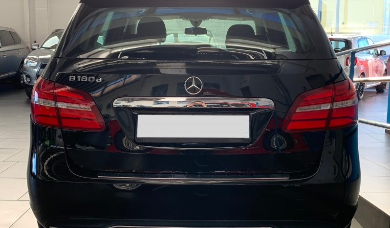 Mercedes-Benz B180 d Automatic Business Extra completo