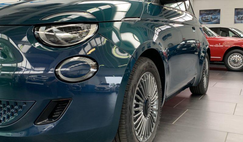 Fiat 500e LA PRIMA completo